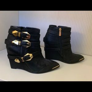 VINCE CAMUTO Booties with Gold Buckles